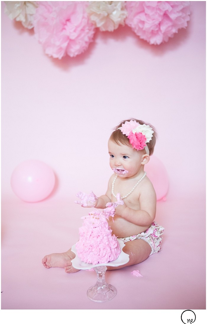 rae cake smash_natalie ebaugh photography 6.jpg